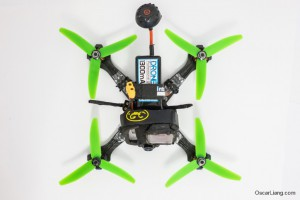 Rotoracer-RR210-mini-quad-Frame-build-dronelab-lipo-top