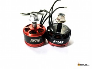 DYS-SE2008-2550KV-Motors-size-comparison-emax-rs2205-red-bottom-side-by-side
