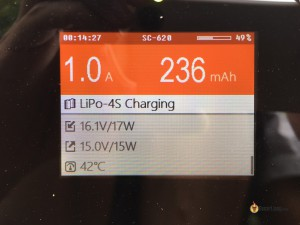 iSDT-SC-620-500W-Smart-Charger-charging-screen