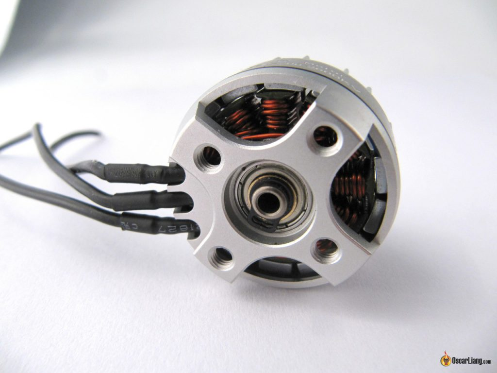 brotherhobby-tornado-t2-2206-2600kv-motor-bottom